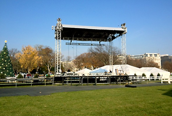 Main stage with Supermega Truss grid