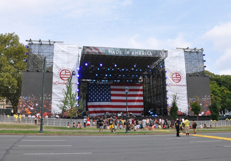Mountain Productions' Hercules roof – Made in America Liberty Stage