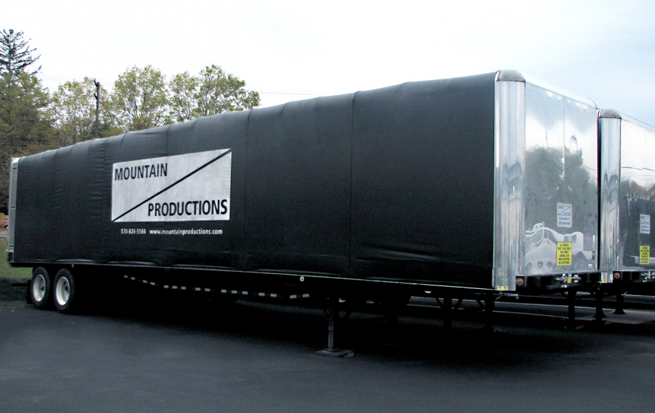 Mountain's Side Curtain Trailer