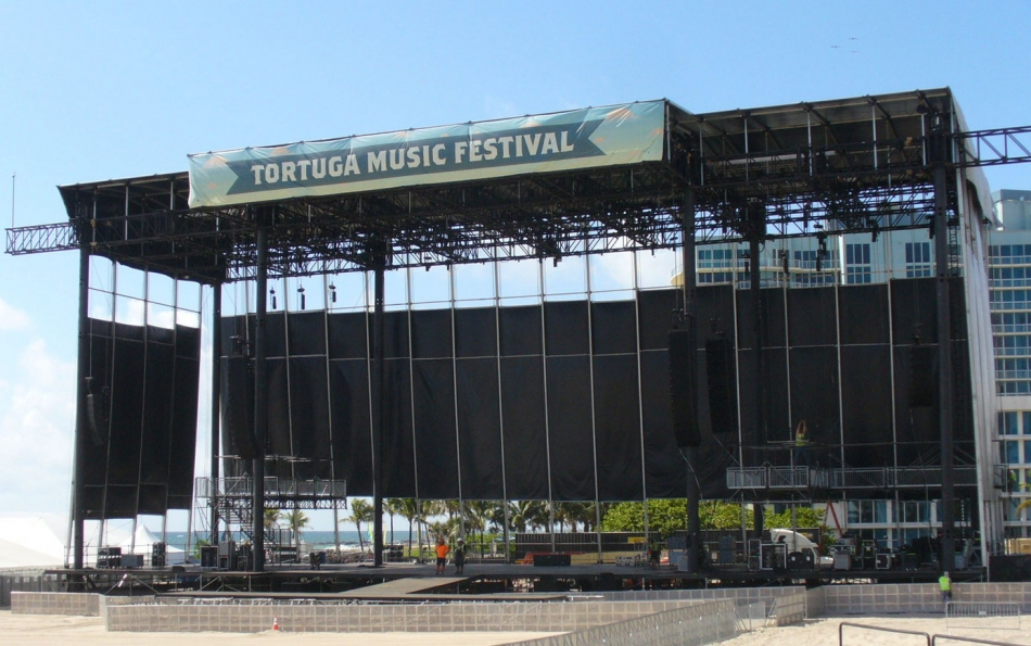 The Mountain Truss System at Tortuga Music Festival