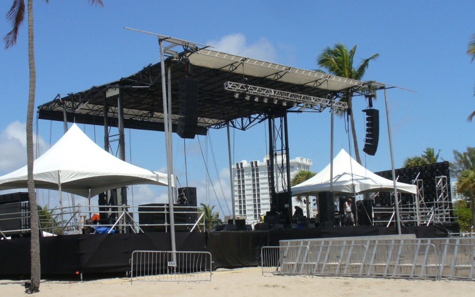 Mountain Productions' SL-320 mobile stage