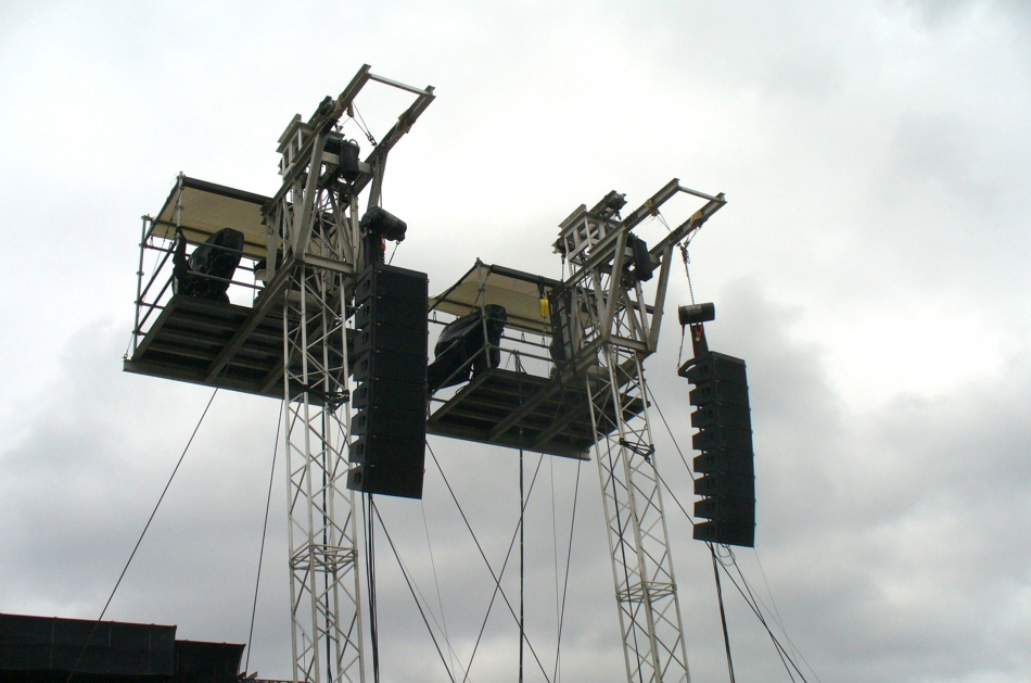 Spot/Delay towers