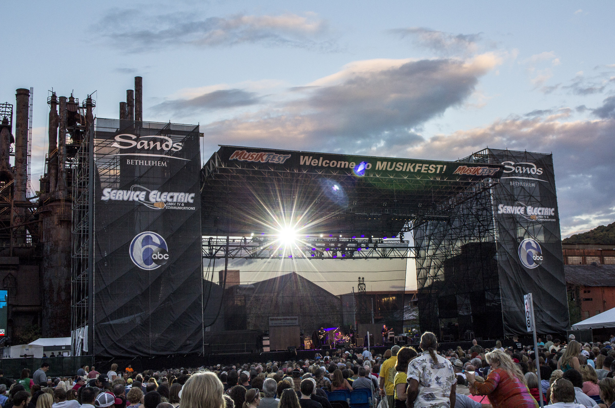 Staging Of Steel Images : Event recap photos musikfest mountain news