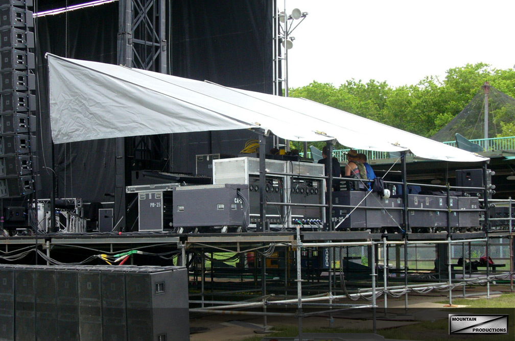 Our standard style SAM-550 covered stage wings